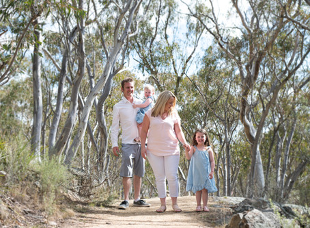 Family Fun at Mount Gladstone, Cooma: A Mini Portrait Sessions with the Gelling Family