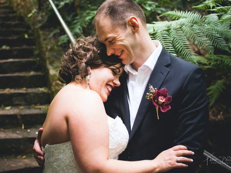 Sarah and Dan's gorgeous Canberra Botanic Garden Wedding