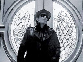 Neal Schon med soloskive i desember