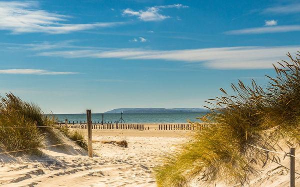 West-Wittering-beach-1080x675.jpg
