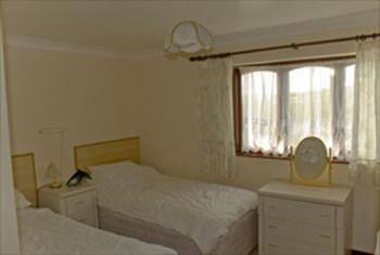 white springs bedroom1.jpg