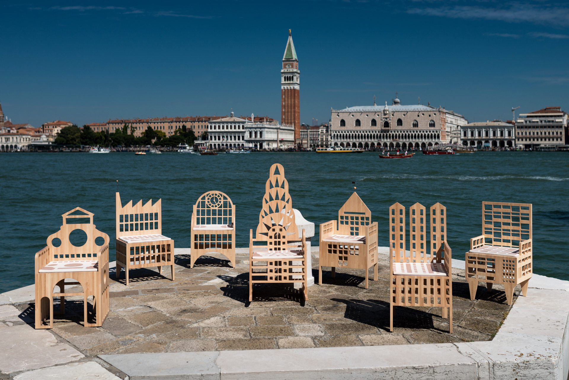 Venezia_Strada_WEB-01