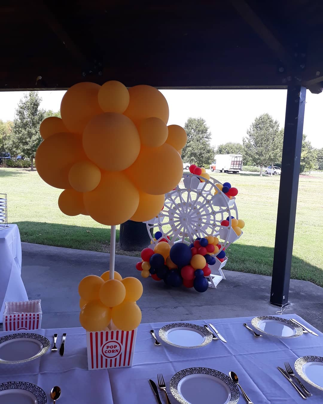 Baloon Topiary Centerpieces