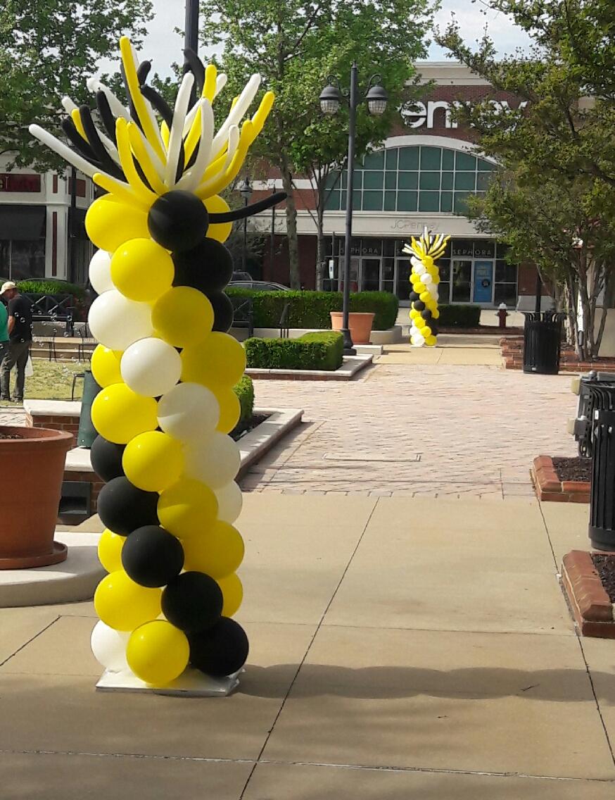 Wild Spiral Balloon Columns