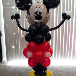 4 ft Mickey Mouse