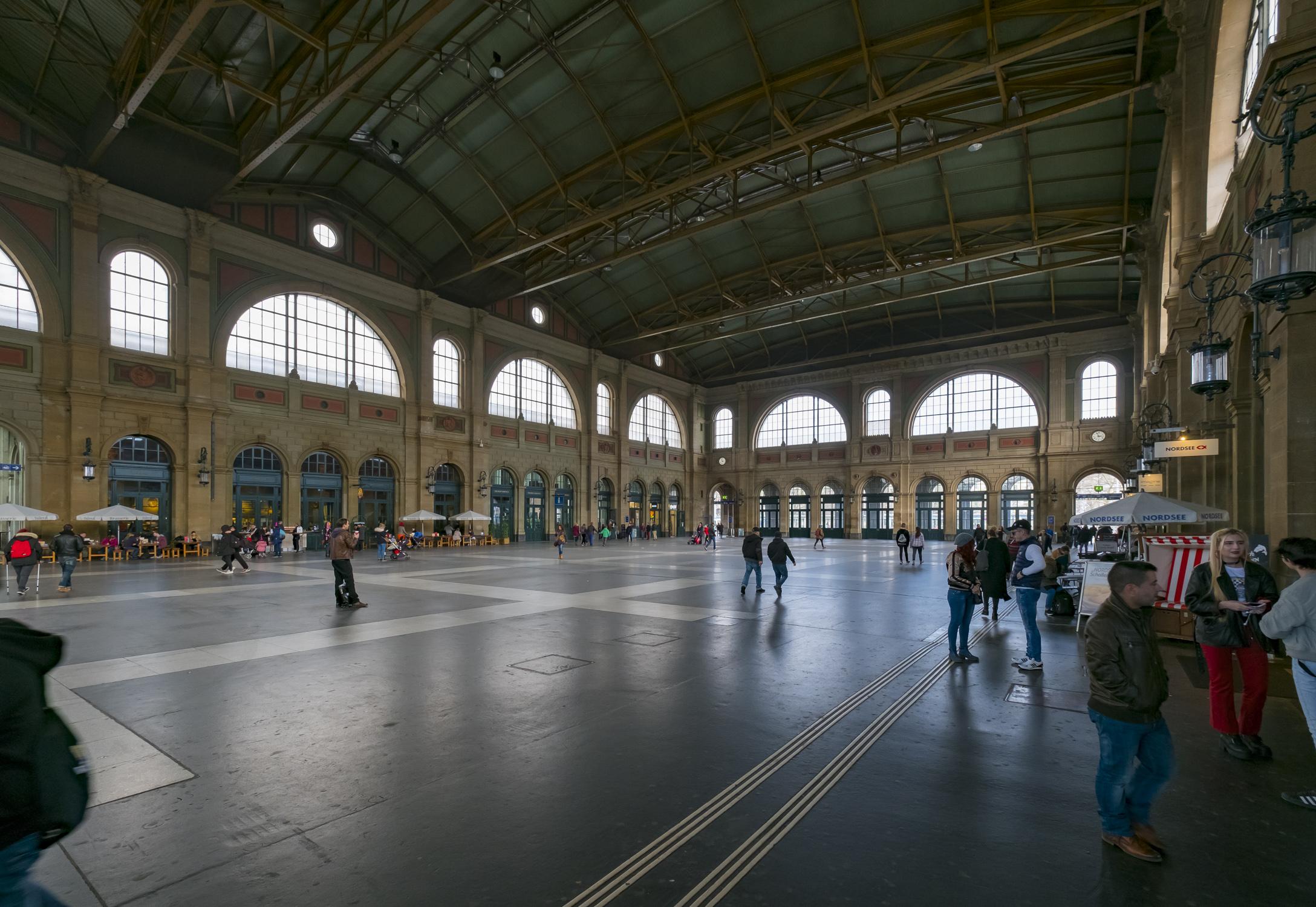Halle Hauptbahnhof
