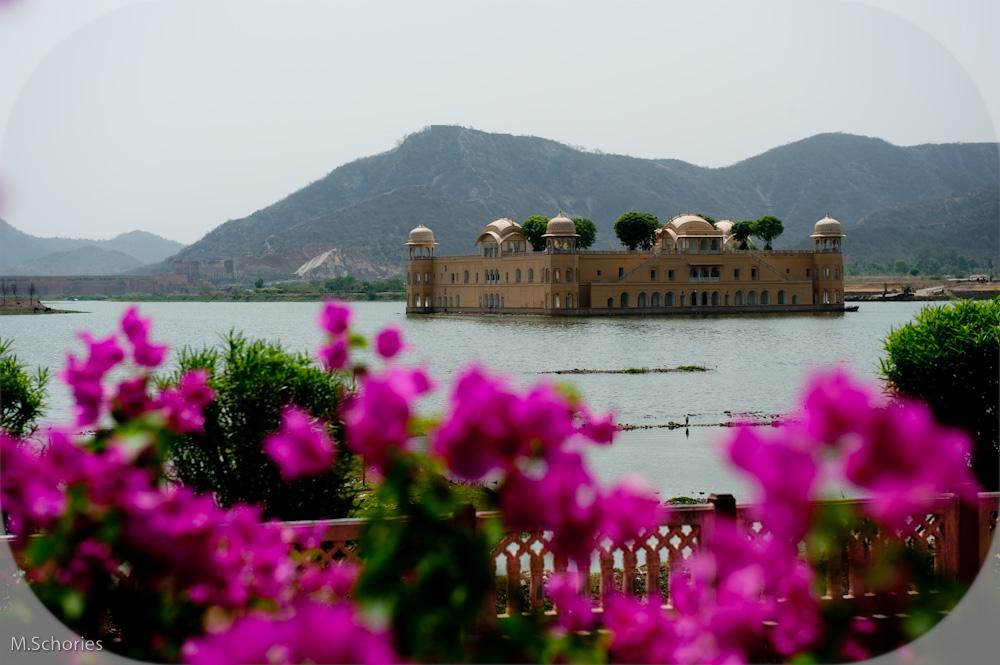 Jal Mahal Palace = Wasser-Palast