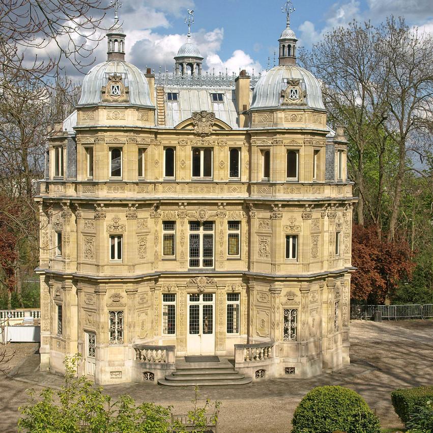1200px-Maison_Dumas_Château_de_Monte-Cri