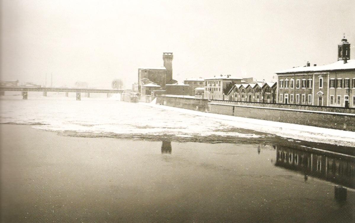 L'Arno coperto dal ghiaccio nei pressi della Cittadella, 12-14 febbraio 1929