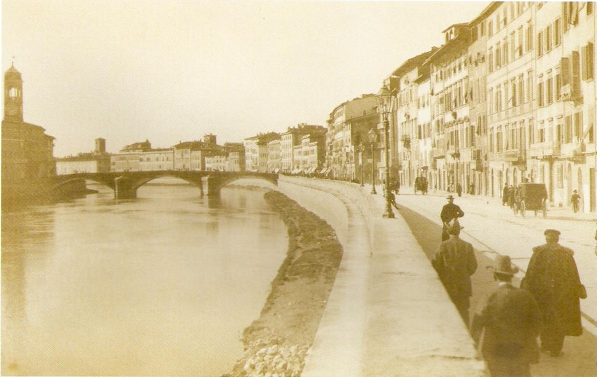 Ponte di Mezzo e Lungarno Mediceo, 1908