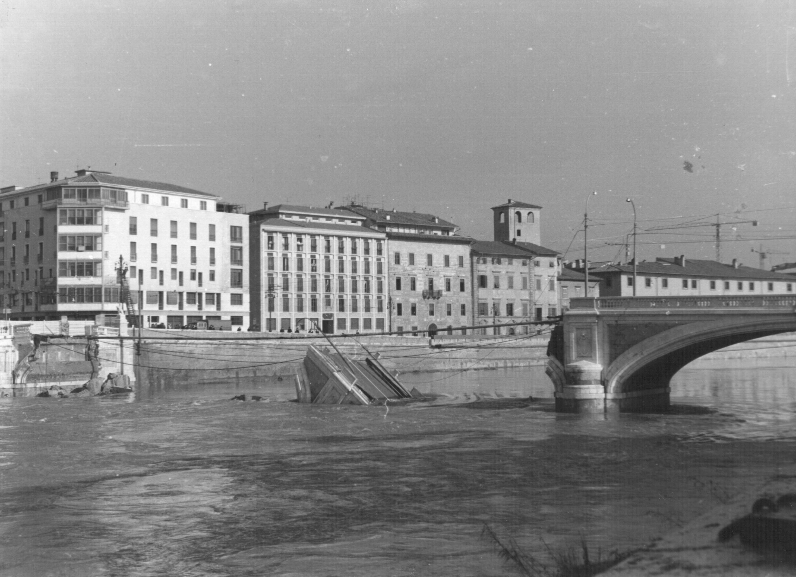 Pisa, Ponte Solferino
