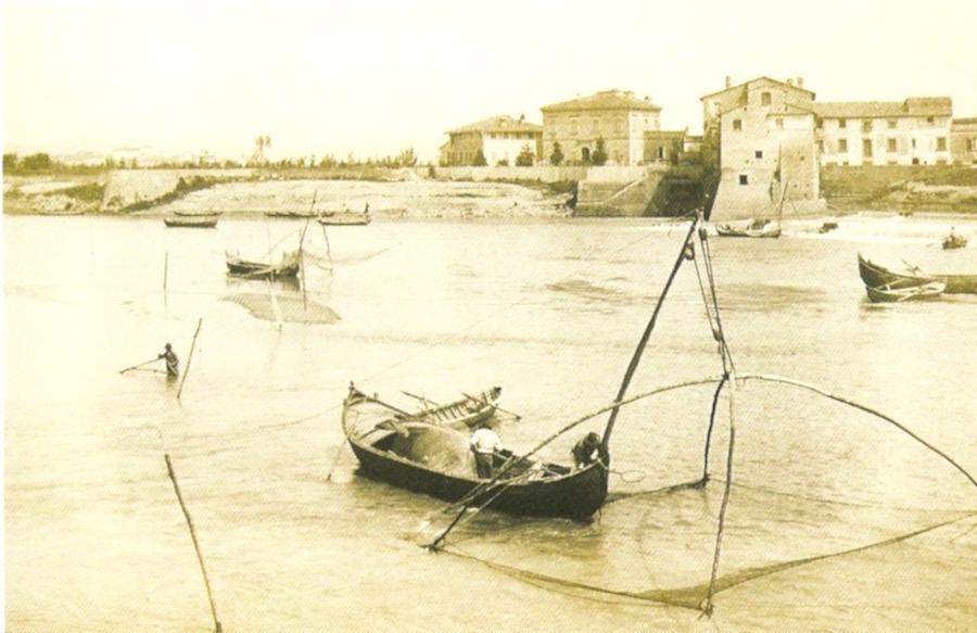 Pesca alle cheppie al Callone di Castelfranco, 1908