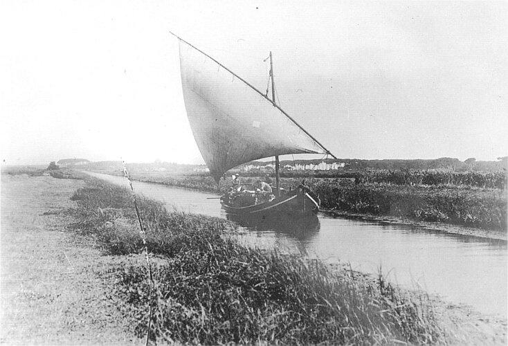 Barca sui Navicelli