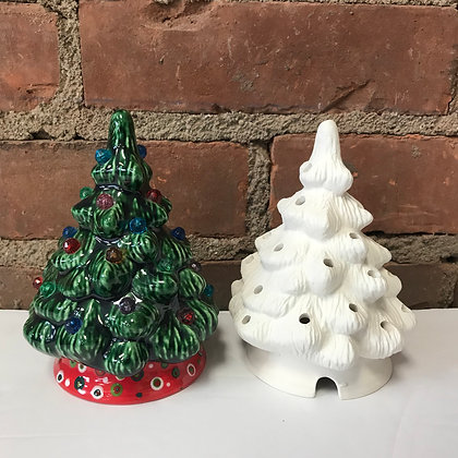 Small XMAS Tree 5 1/2 inches