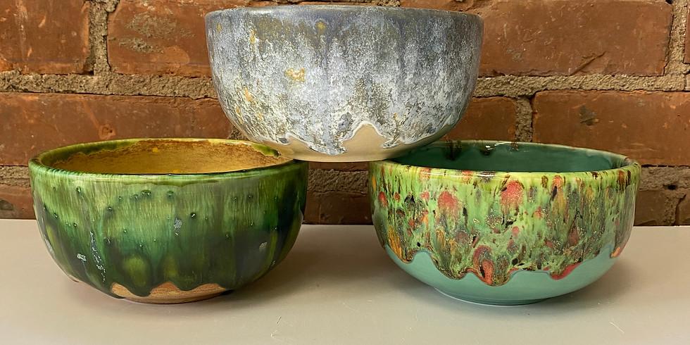 Glazey Girls Glazing Bowl