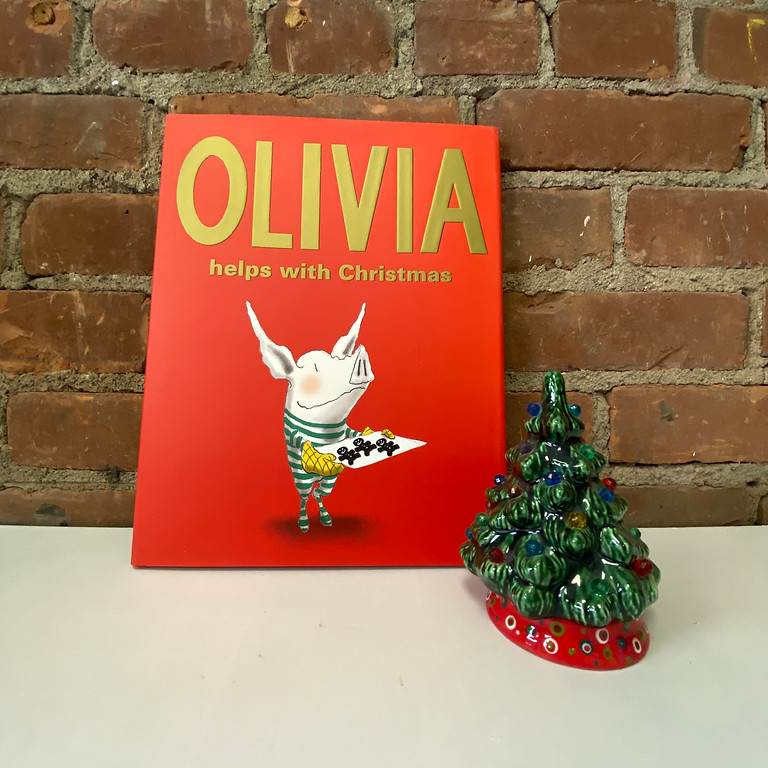 Brushes & Books - Olivia Helps with Christmas