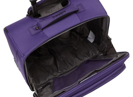 Review: TravelPro Maxlite 4 tote & spinner