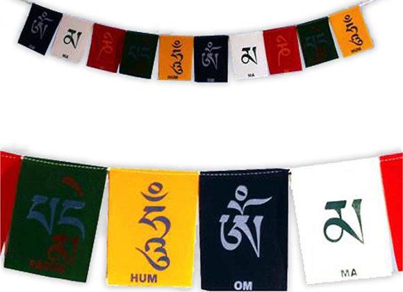 Cordon avec 10 drapeaux de prière tibétains mantra Om Mani Padme Hum - velours -