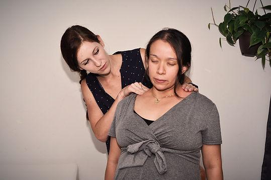 doula comfort massage chicago birth