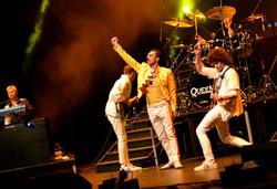 Flash Queen Tribute Band Theatre 1