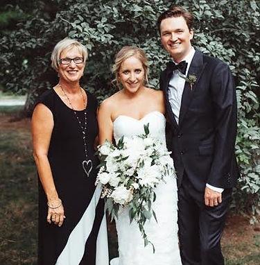 Fay vandenbeukel,fay vandenbeukel officiant,cathy davis and company,niagra wedding officiant,niagra weddings,non-denominational weddings,kurtz orchards,niagra-on-the-lake weddings