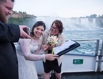Trish Archibald wedding officiant, niagara falls officiant, wedding officiant, hornblower cruise weddings