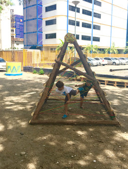 Brinquedos_para_as_crianças_Projeto_Parque_Capibaribe_FullSizeRender_1_credito_Ursula_Troncoso_(1)