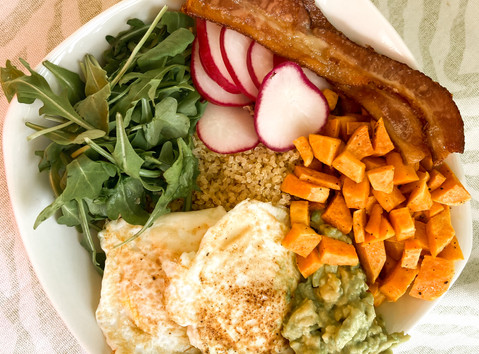 How to Make the Perfect Brunch Bowl