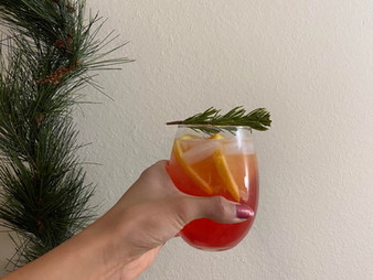 (Healthier) Holiday Mocktail Recipe
