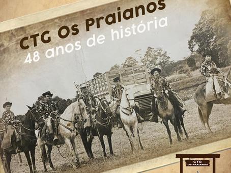 48 anos de história dos Praianos