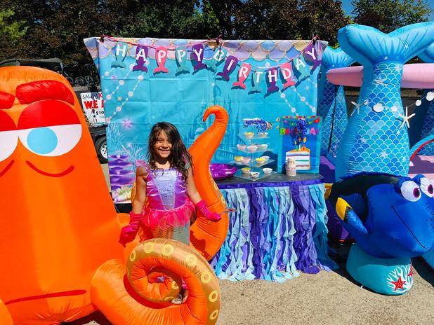 mermiad octopus dory upclose.jpg