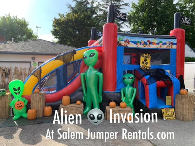 aliens%201_edited.jpg