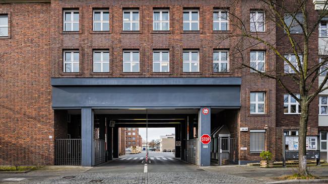 KRAFTWERK_Berlin (1).jpg