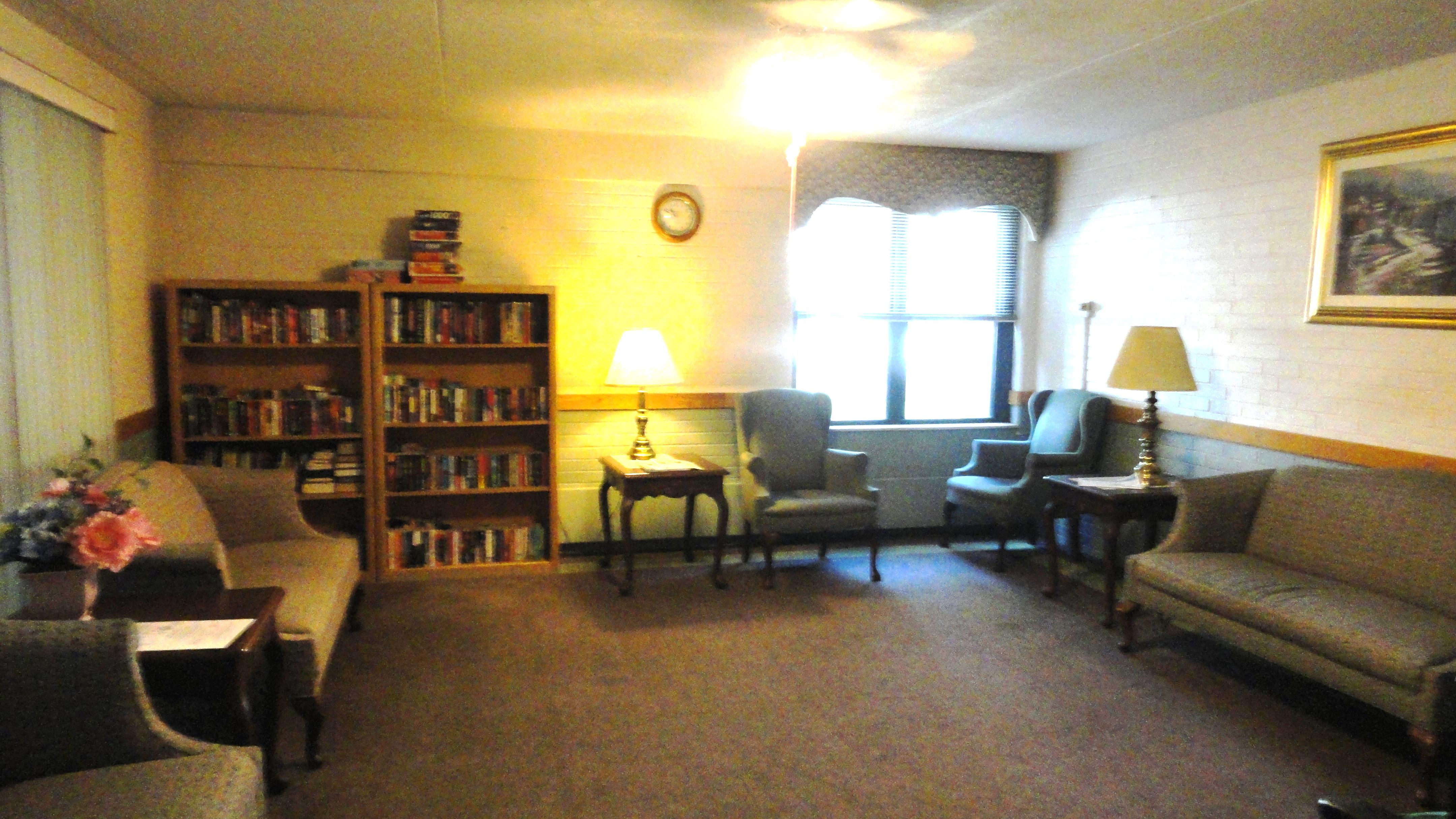 Cliffside Sitting Room.JPG