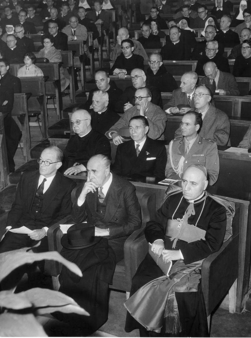 1954b