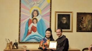 Cina: visita dell'ambasciatrice di carità