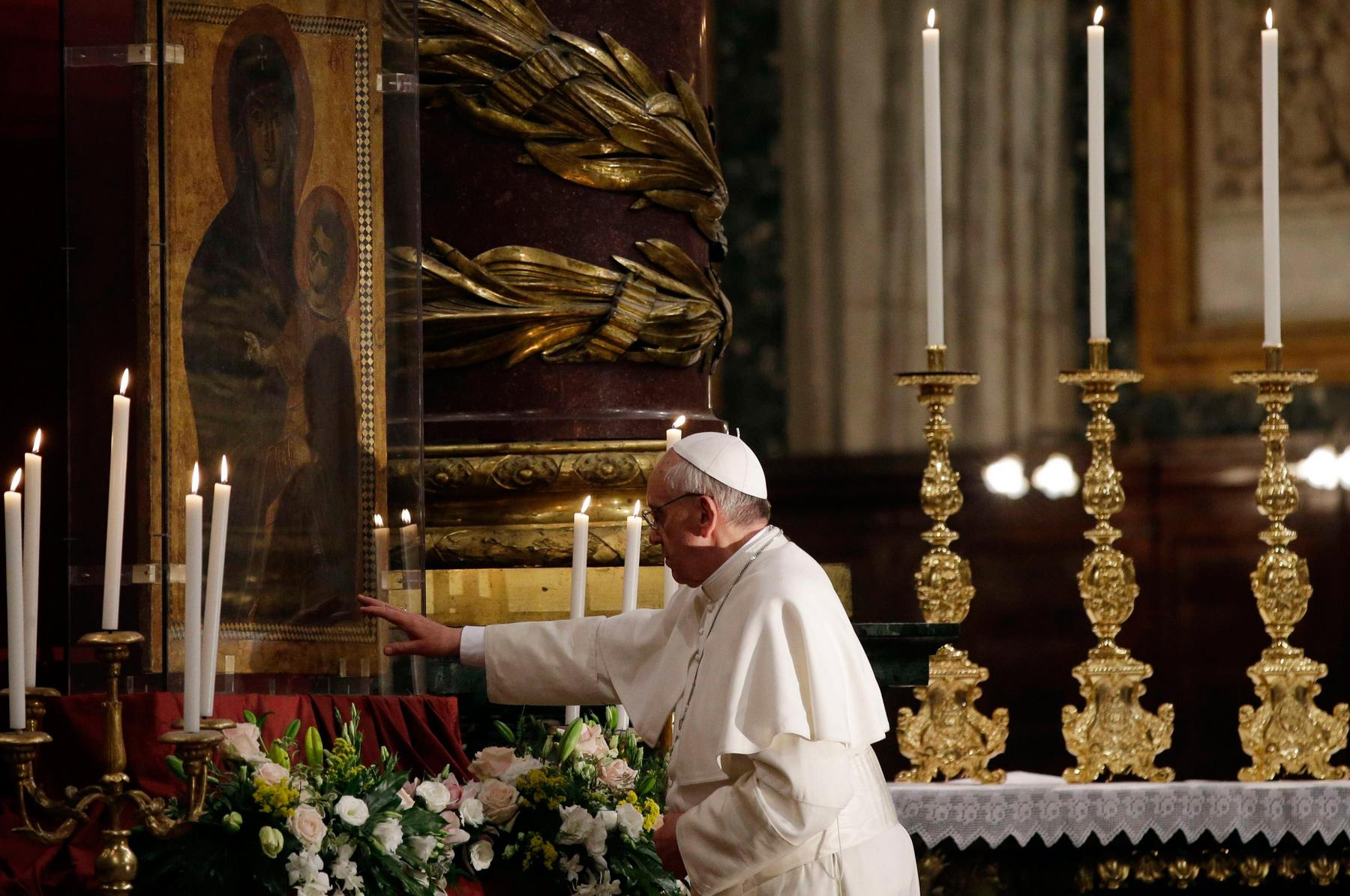 Papa-Francesco-a-Santa-Maria-Maggiore