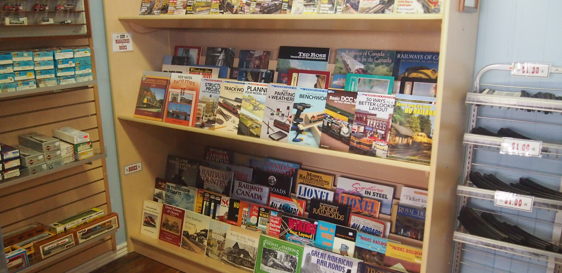 Model Train Books & Magazines