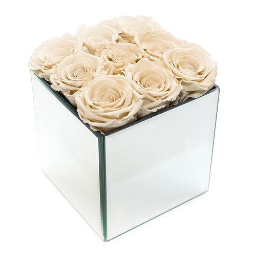 INFINITY ROSE BOX - CHAMPAGNE