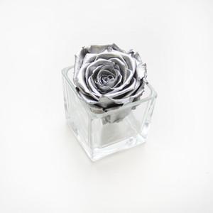 preserved roses, forever rose, infinity roses, forever roses, bedroom decor, interior design, salon design, metallic roses, metal roses, interior design