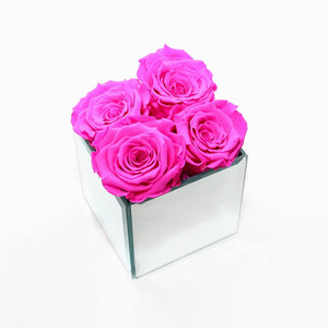 preserved roses year long roses eternity roses forever home home decor home design home interior home design ideas home inspo home inspiration forever roses mirrored cube classy roses classy decor classy home