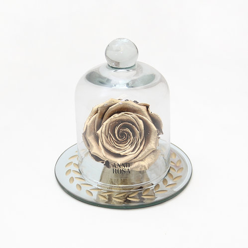 Gold Eternal Preserved Rose that lasts a year