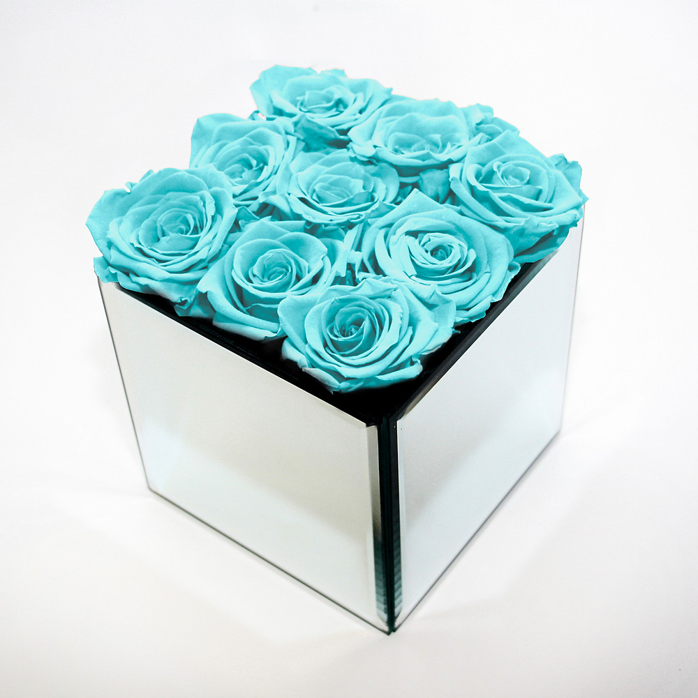year long roses, infinity rose, forever rose, infinity roses, home decor, home interior, design, interior design, interior, home decor, home design, interior, first home, mirrored cube, mirrored, interior design, home decor, bedroom ideas, bedroom inspo