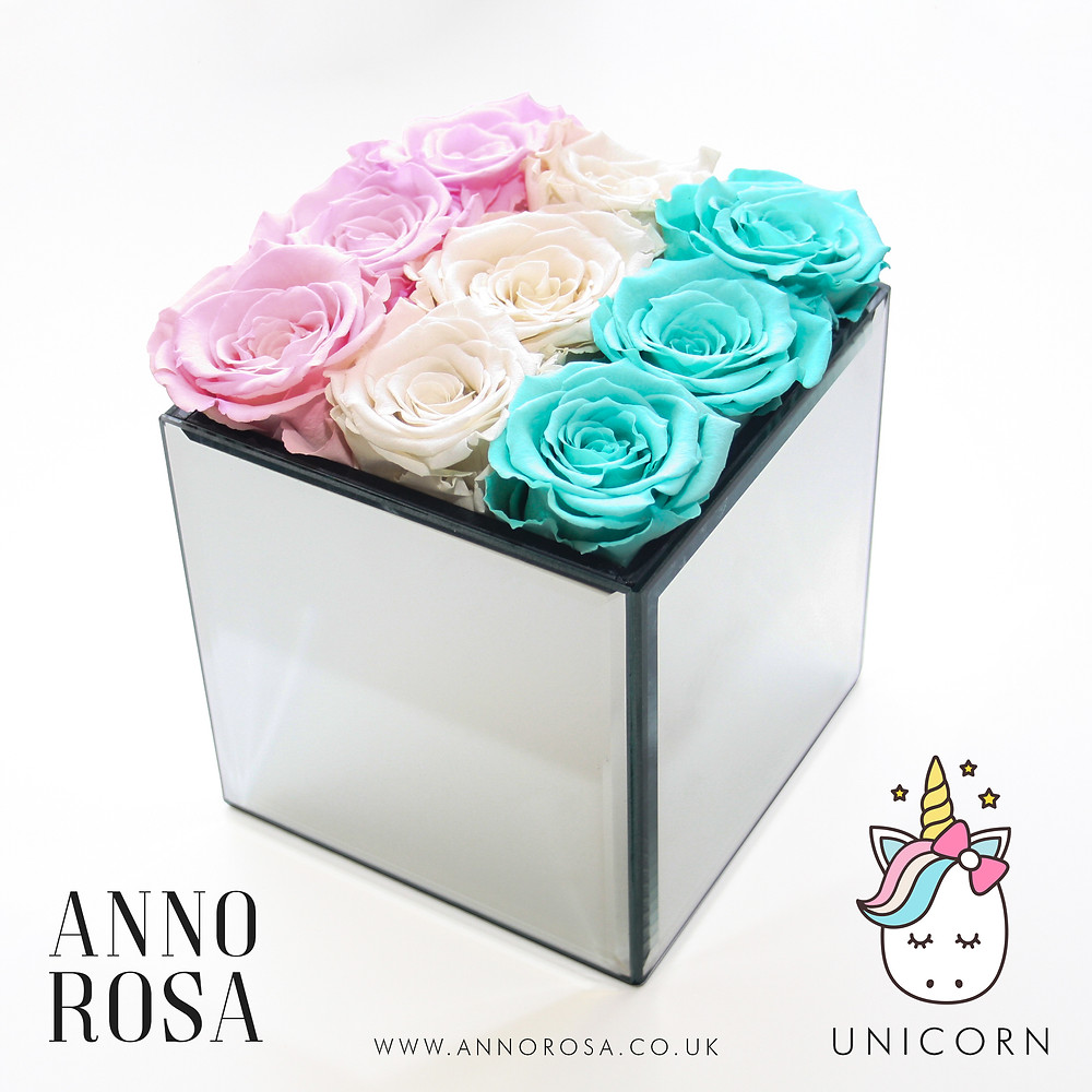 infinity roses, roses, rose decor, roses, year long roses, forever roses, pink home decor , luxury home decor, luxury homes, home decor, decor ideas, luxury home decor