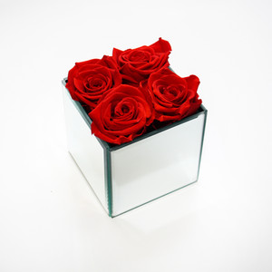 forever rose, infinity rose, eternity rose, preserved roses, red roses, girly gifts, girls gifts, romance, romantic, gift ideas,