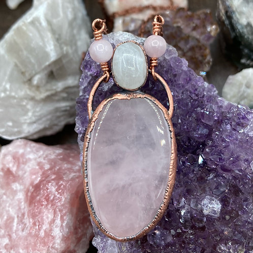 RoseQuartz and Moonstone Goddess