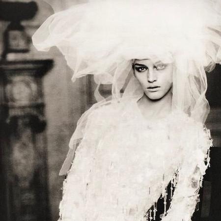 Vera Wang on Weddings by Paolo Roversi.