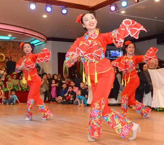 Alumni Dance at the 2017 CCLI Chinese New Year Banquet