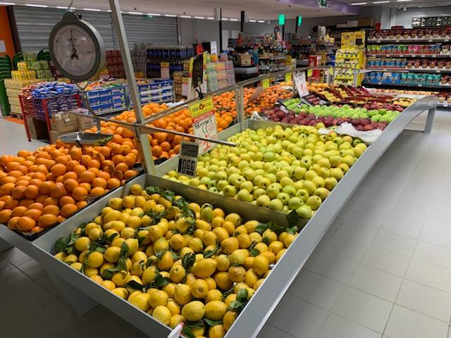 Ilot fruits et légumes en vague 2440x6500