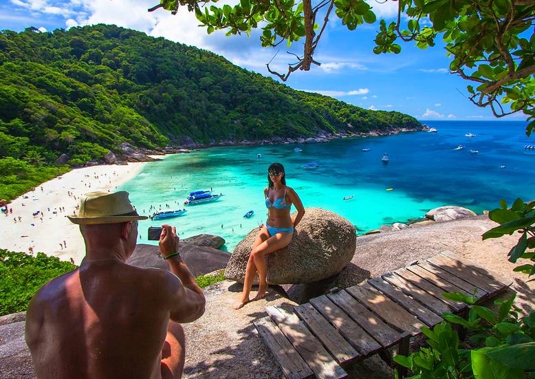 Similan Island Premium Tour, 2900 Thb.